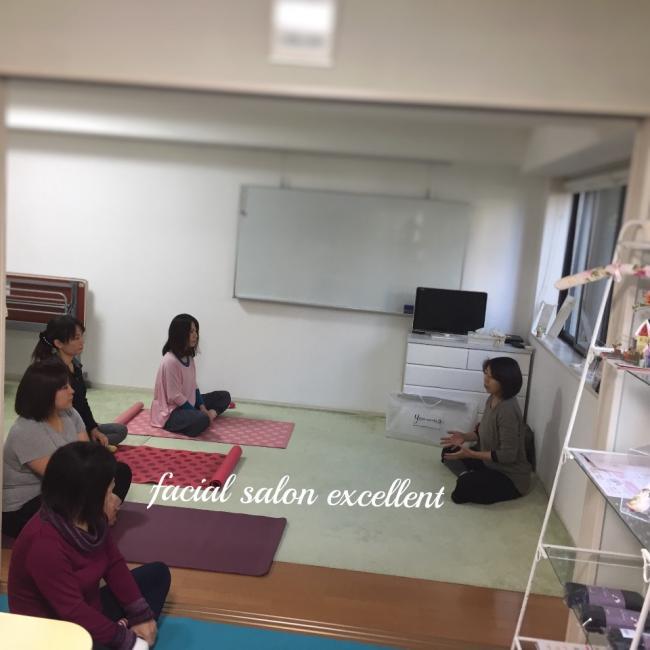 来月の朝ヨガ&瞑想会