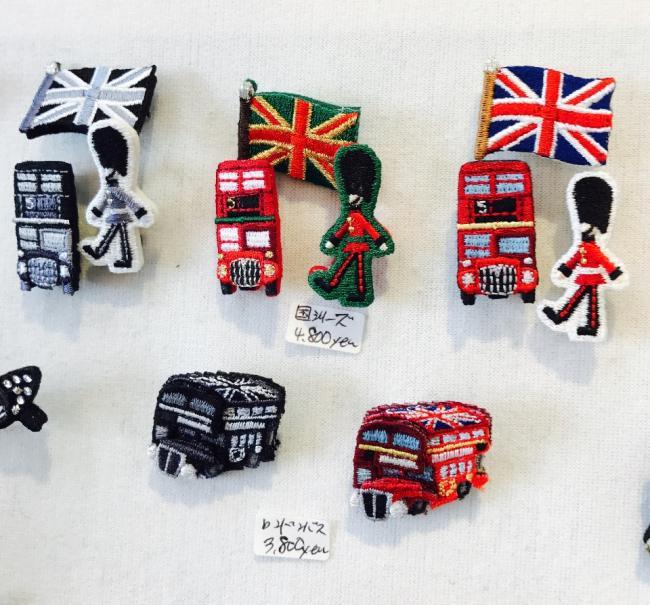 国シリーズブローチとロンドンバス