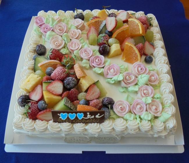 特注デコレーションケーキ