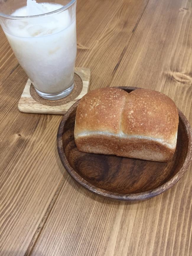 *ミニ食パンと甘酒ミニ食パン*