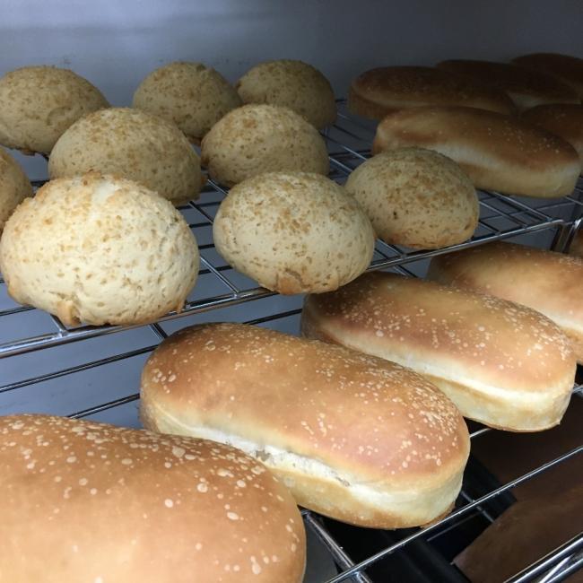 パン、焼き菓子のご注文承ります♫
