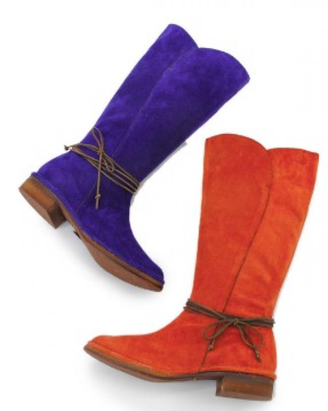 ベロア素材のミドル丈ブーツ(7349)