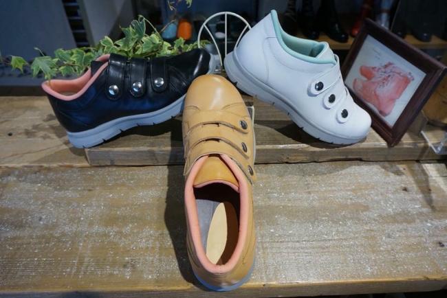 外反母趾、幅広、甲高などで履ける靴が見つからない… そんなあなたへ オススメの一足